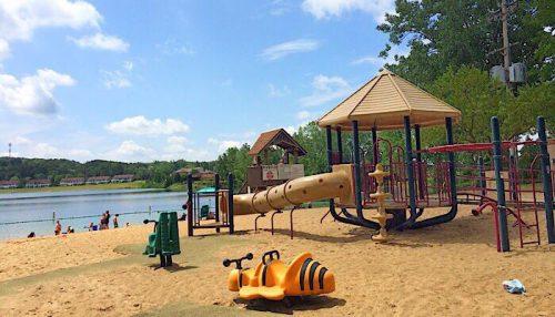 grand rapids best playgrounds: Versluis park grand rapids