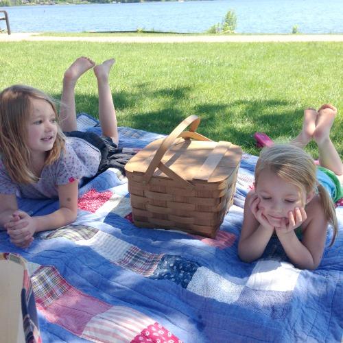 Picnic Girls Reeds Lake EGR