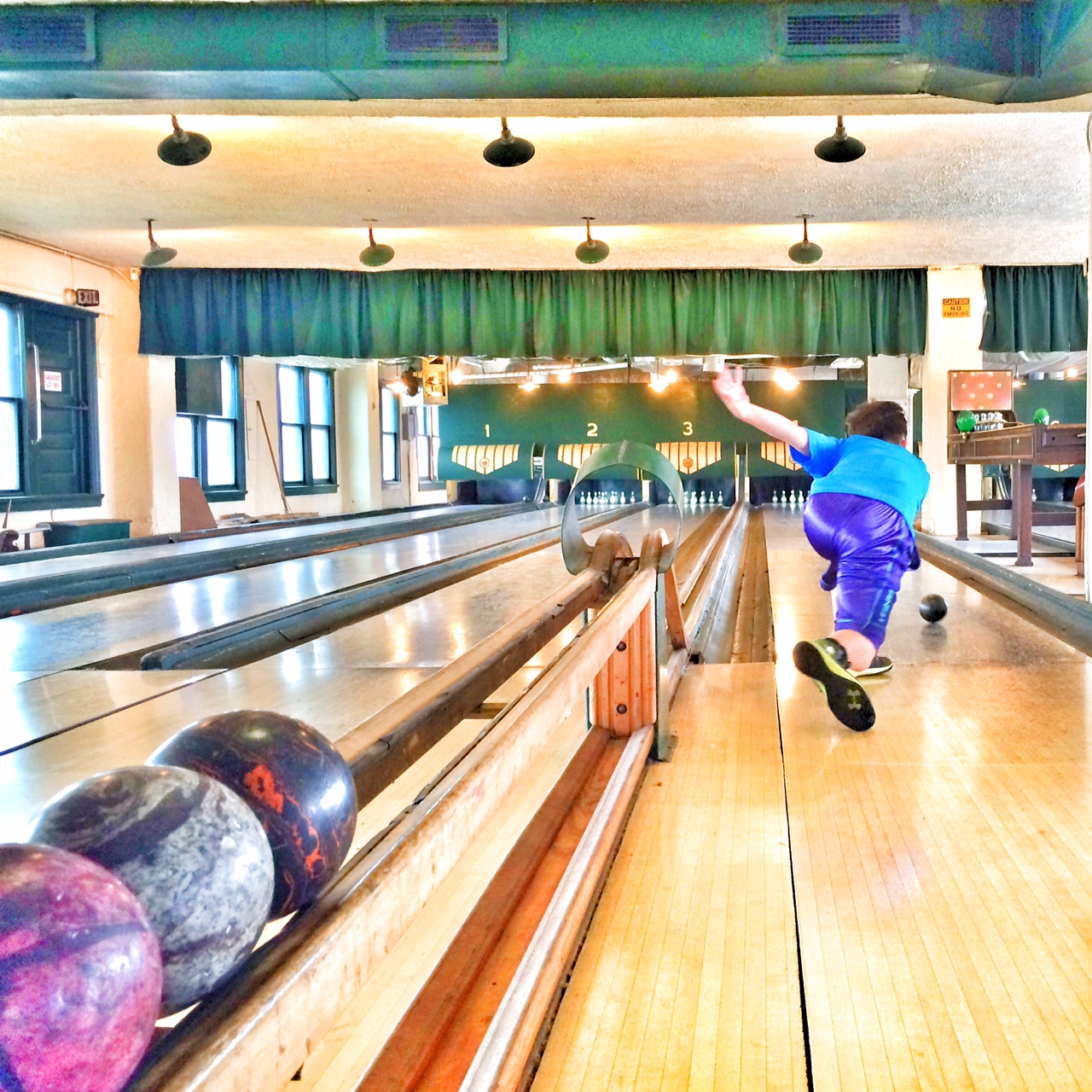 things to do with kids in indianapolis - Atomic Duckpin Bowling