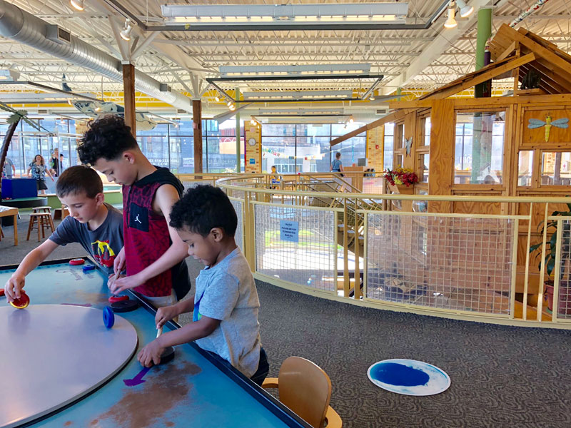 Grand-Rapids-Children's-Museum-kids-playing-tree-house-downtown-Grand-Rapids-things-to-do
