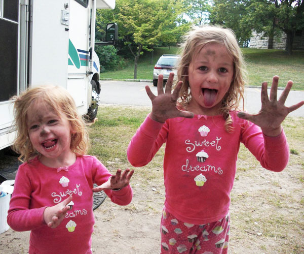 camping activities for kids: get dirty