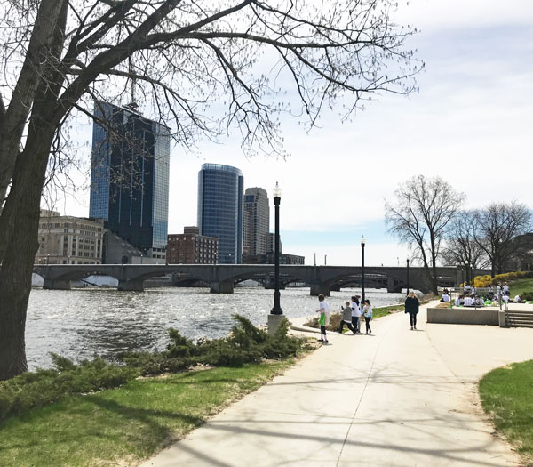 living in Grand Rapids includes downtown amenities like Ah-Nab Awen Park