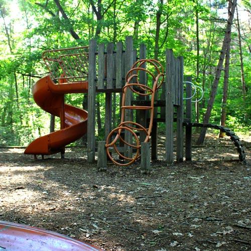 Kirk Park Playground Stru