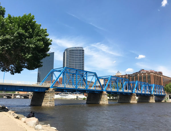 Downtown Grand Rapids Blue Bridge Hunt