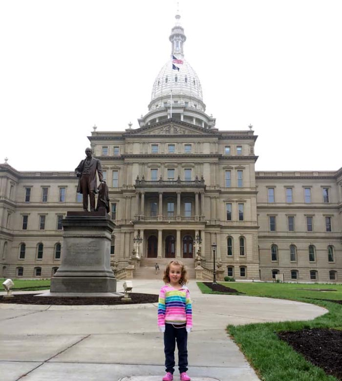 Michigan-State-Capitol-Building-Tour-girl-outside