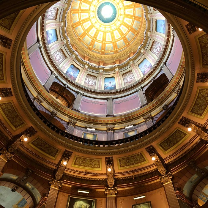 things to do in michigan - state capitol