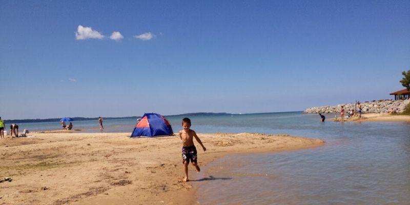 elk rapids memorial park Michigan best beaches for kids