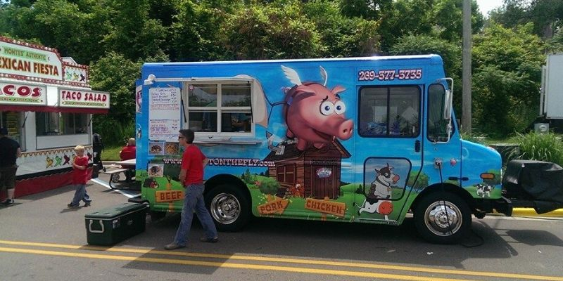 pig out on the fly food truck grand rapids