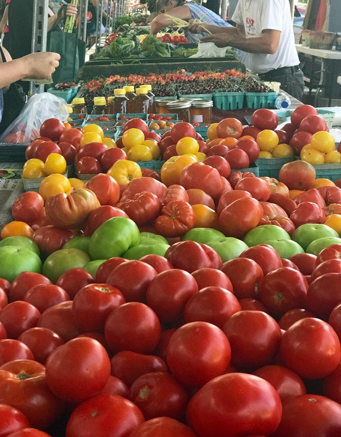 Fulton Street Farmers Market tomatoes Hunt