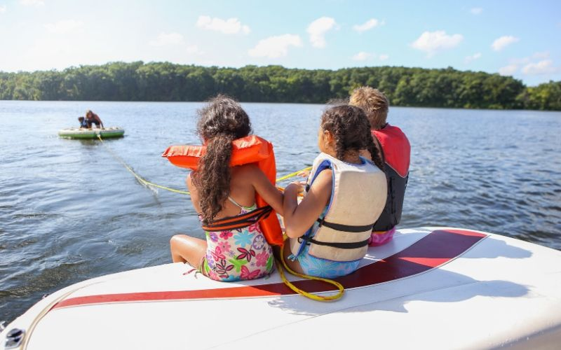boat tubing boat rentals grand rapids michigan
