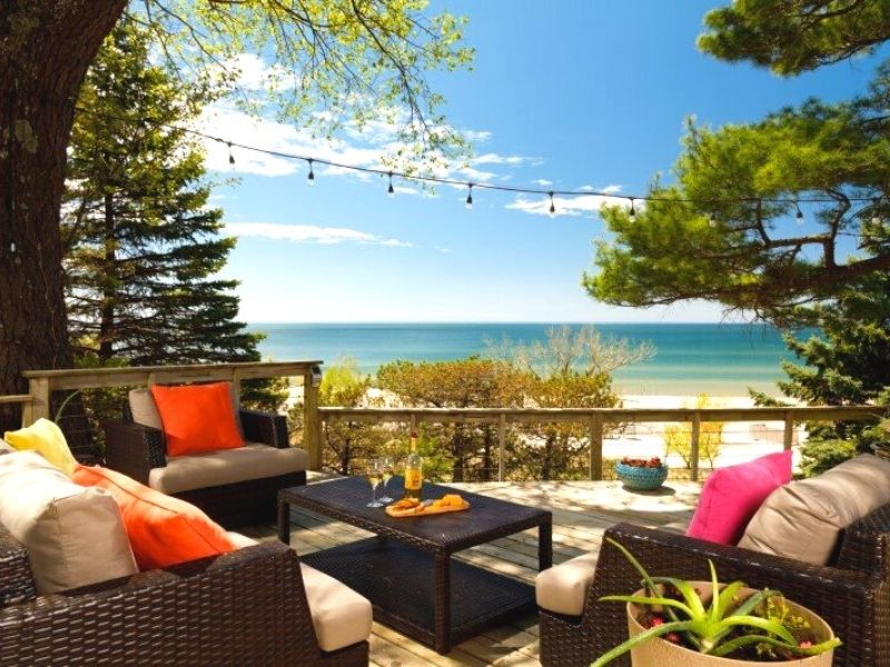 looking glass beachfront inn grand haven romantic getaways in michigan