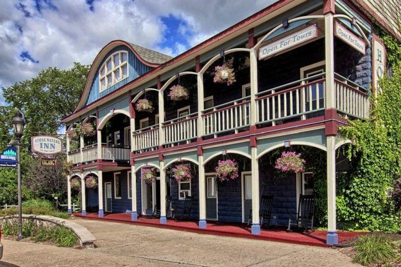 romantic getaways stone waters inn
