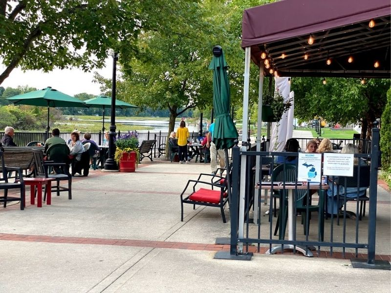 Lowell Flat River Grill Patio