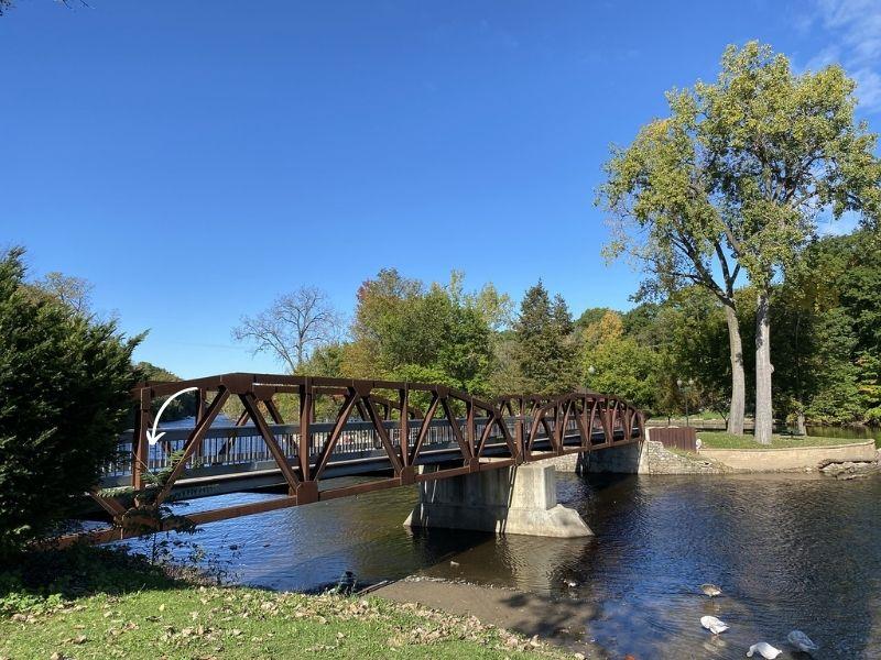 Grand Ledge bridge to Island Park